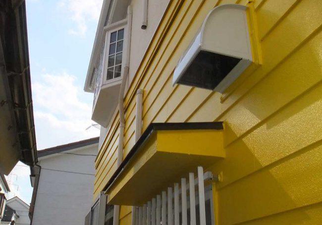 板張り壁塗り替えの例