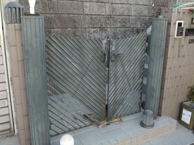 門扉 塗装前