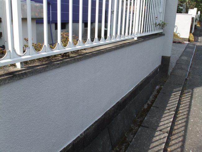 塀 上塗り後